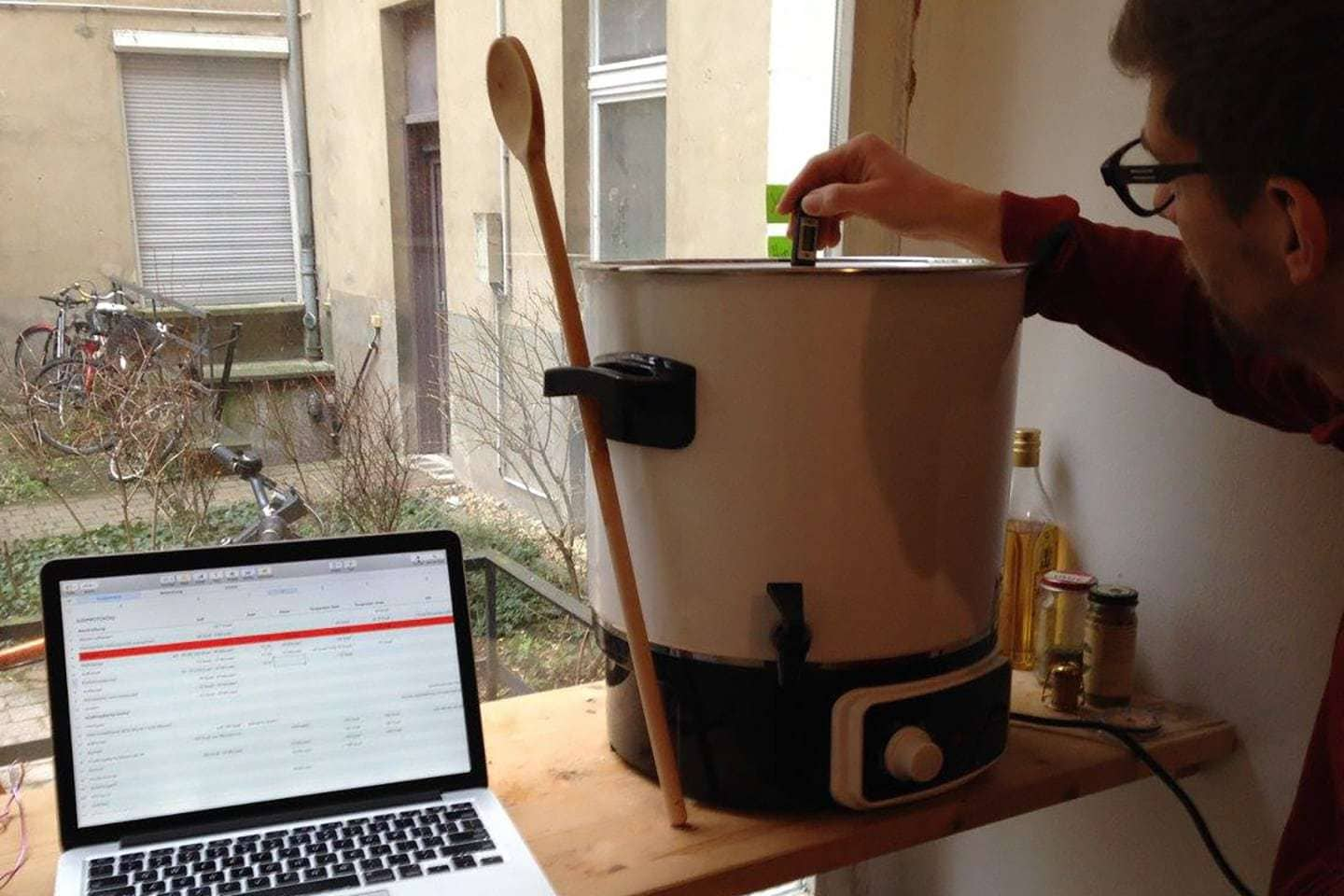 Georg during a homebrew session in the early days of FUERST WIACEK